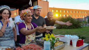 Matthias Coers DAS GEGENTEIL VON GRAU Refugees' Kitchen zweischritte.berlin coersvideo